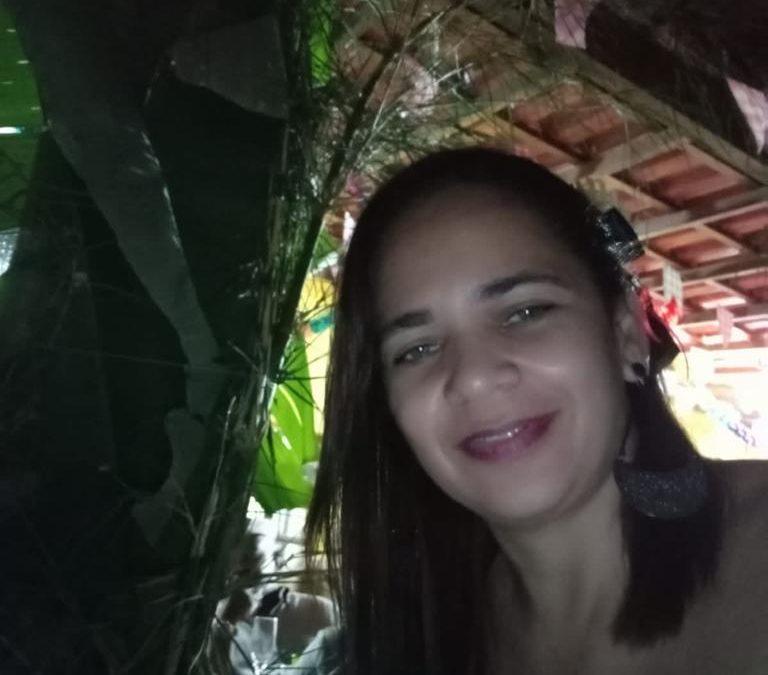 Luciana Barcelos de Abreu e Silva Farias